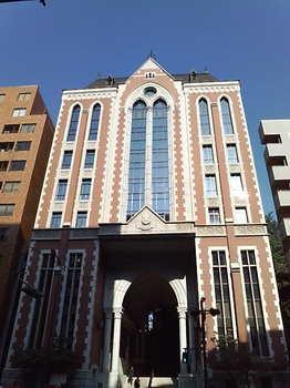 20090629 慶應義塾大東門.jpg