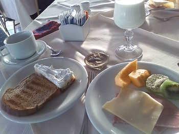 20090819 0ホテル朝食.jpg