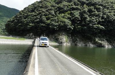 20110717 6四万十川岩間沈下橋3.JPG