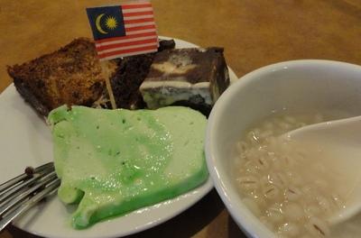 20110811 8昼食@Sabah Hotel2.JPG