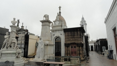 20120815 11レコレータ墓地3.JPG
